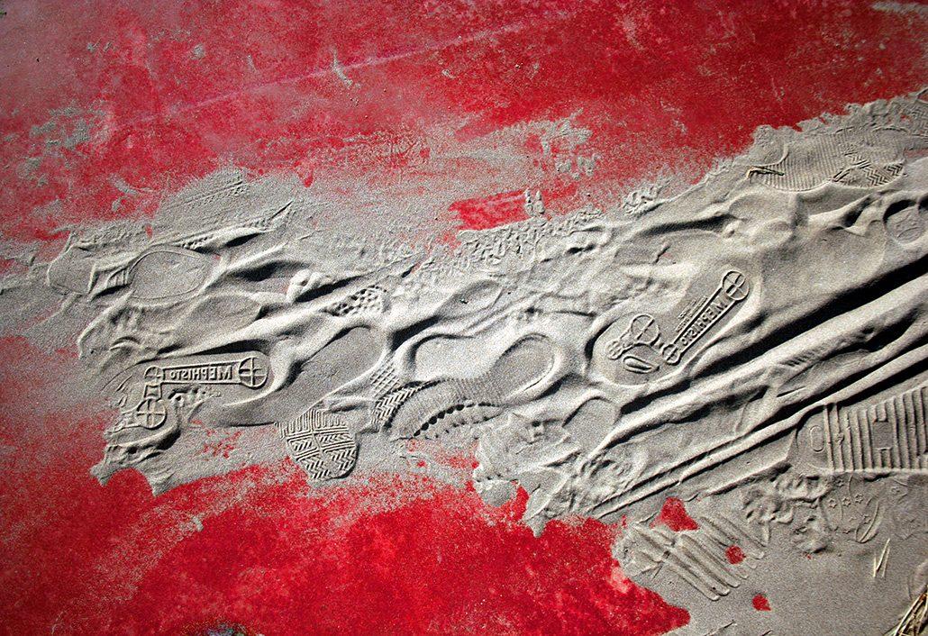 Felix Thyes, Mephisto rot, 2009, Fotografie (bearbeitet), 35 x 24 cm